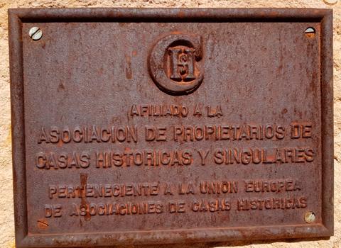 Castillo como afiliado a la Asociación de Propietarios de Casas Históricas y Singulares
